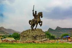 آیا واقعاً آریوبرزن یک قهرمان ملی است؟!